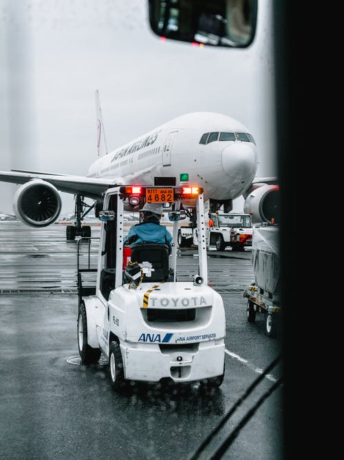 Foto stok gratis angkutan, awak kapal, Bandara, basah