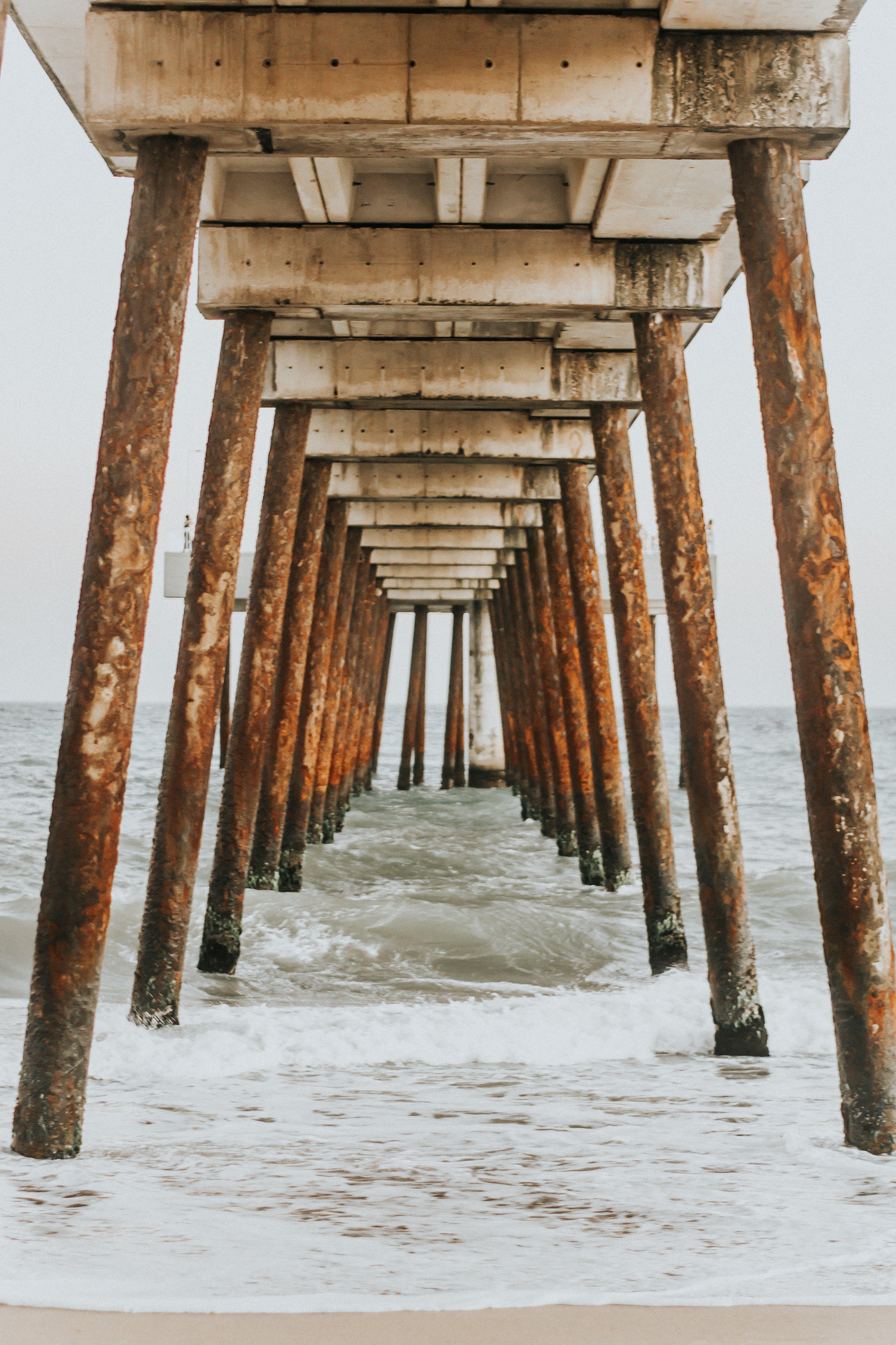 deniz, iskele, kolonlar, okyanus içeren Ücretsiz stok fotoğraf