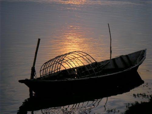 Free stock photo of boat, light, reflection, riverside