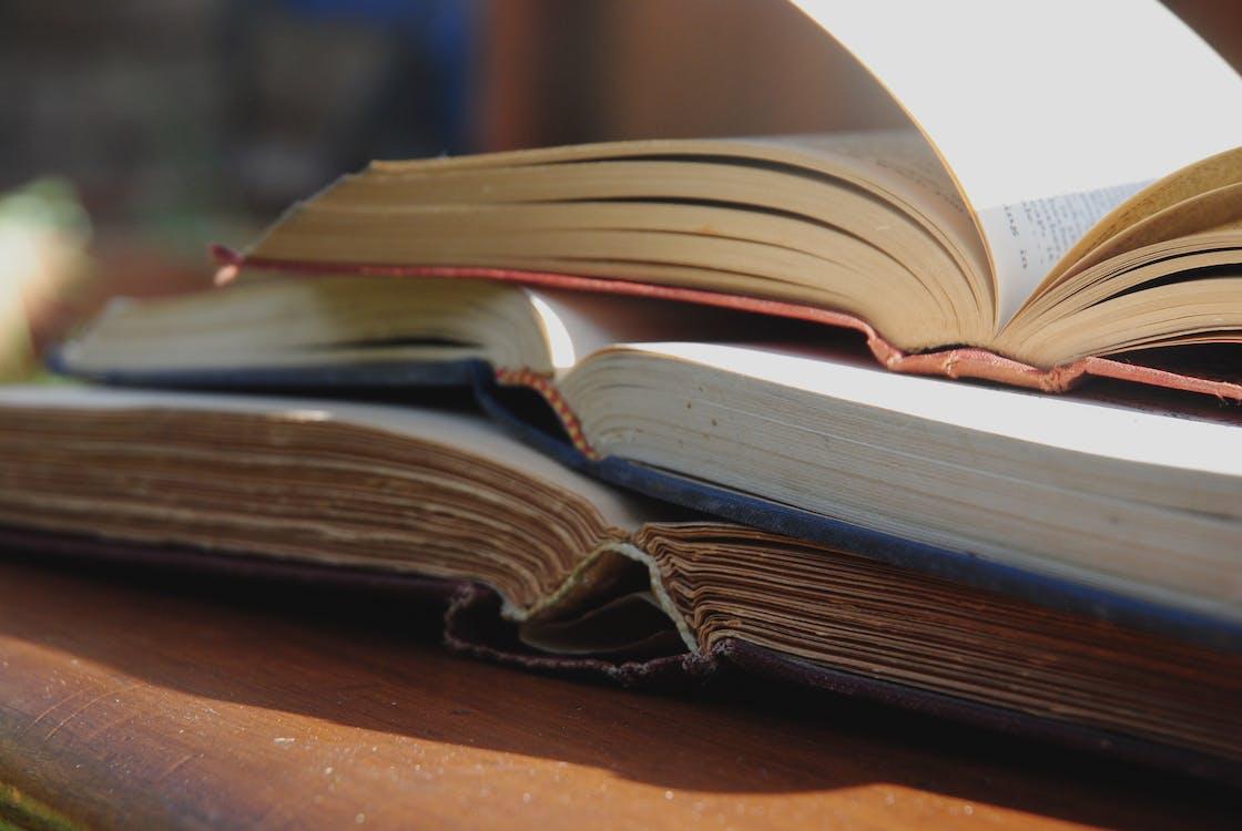 ανοιχτό βιβλίο, αντίκα, βιβλία