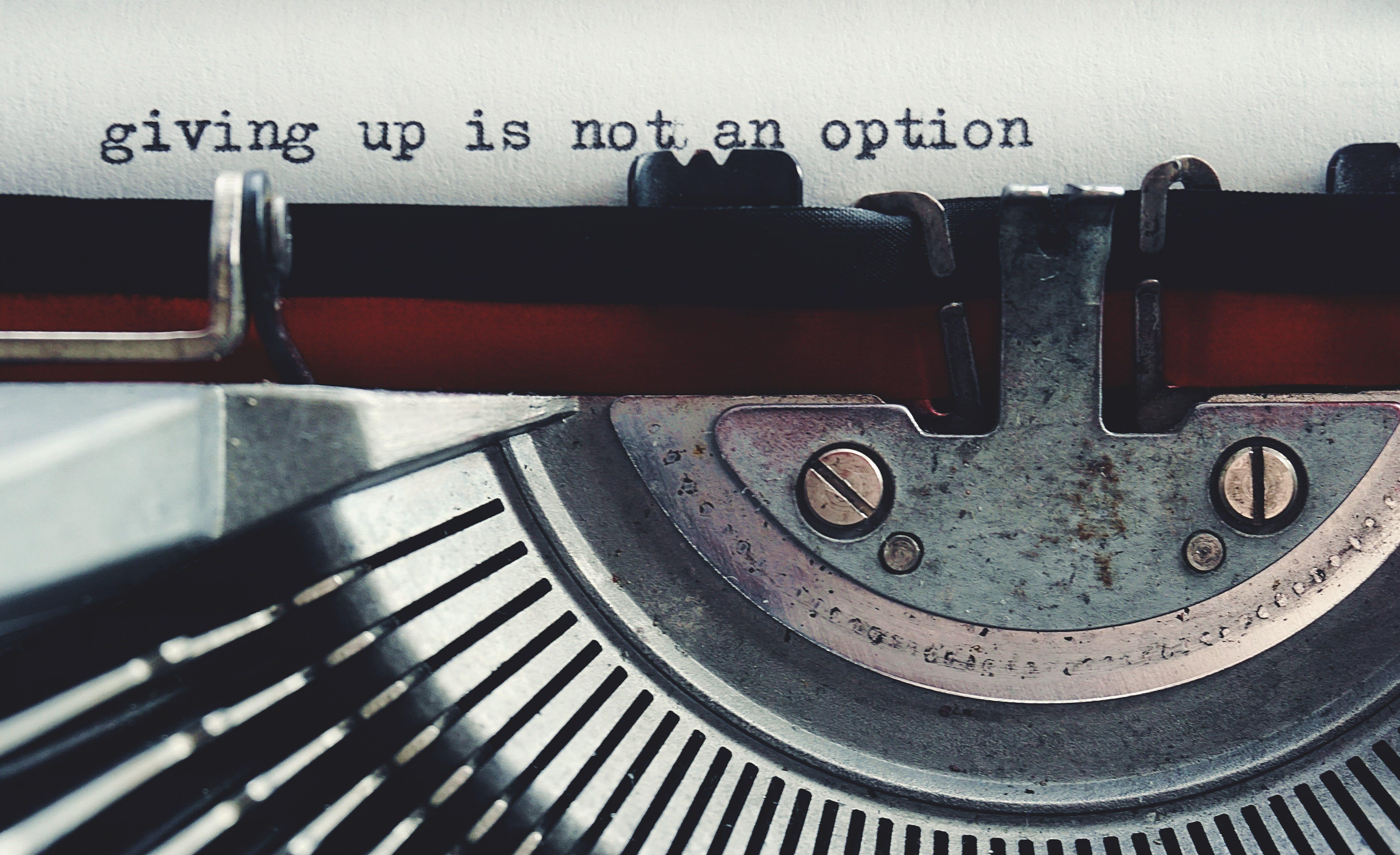 Fotos de stock gratuitas de escribir a máquina, máquina de escribir, palabras, vintage