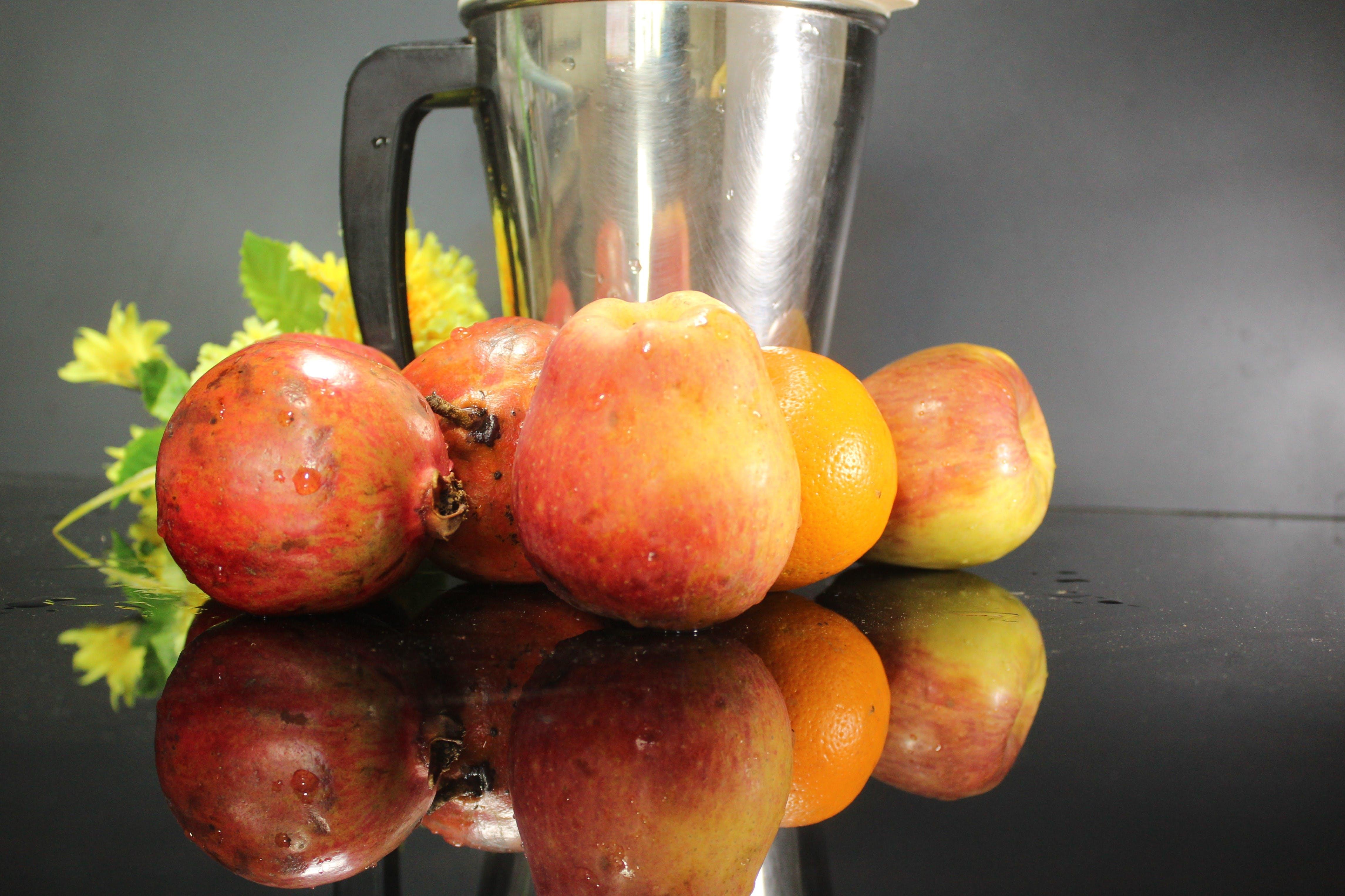 Kostenloses Stock Foto zu frische früchte, früchte, früchte im glastisch, früchtekorb