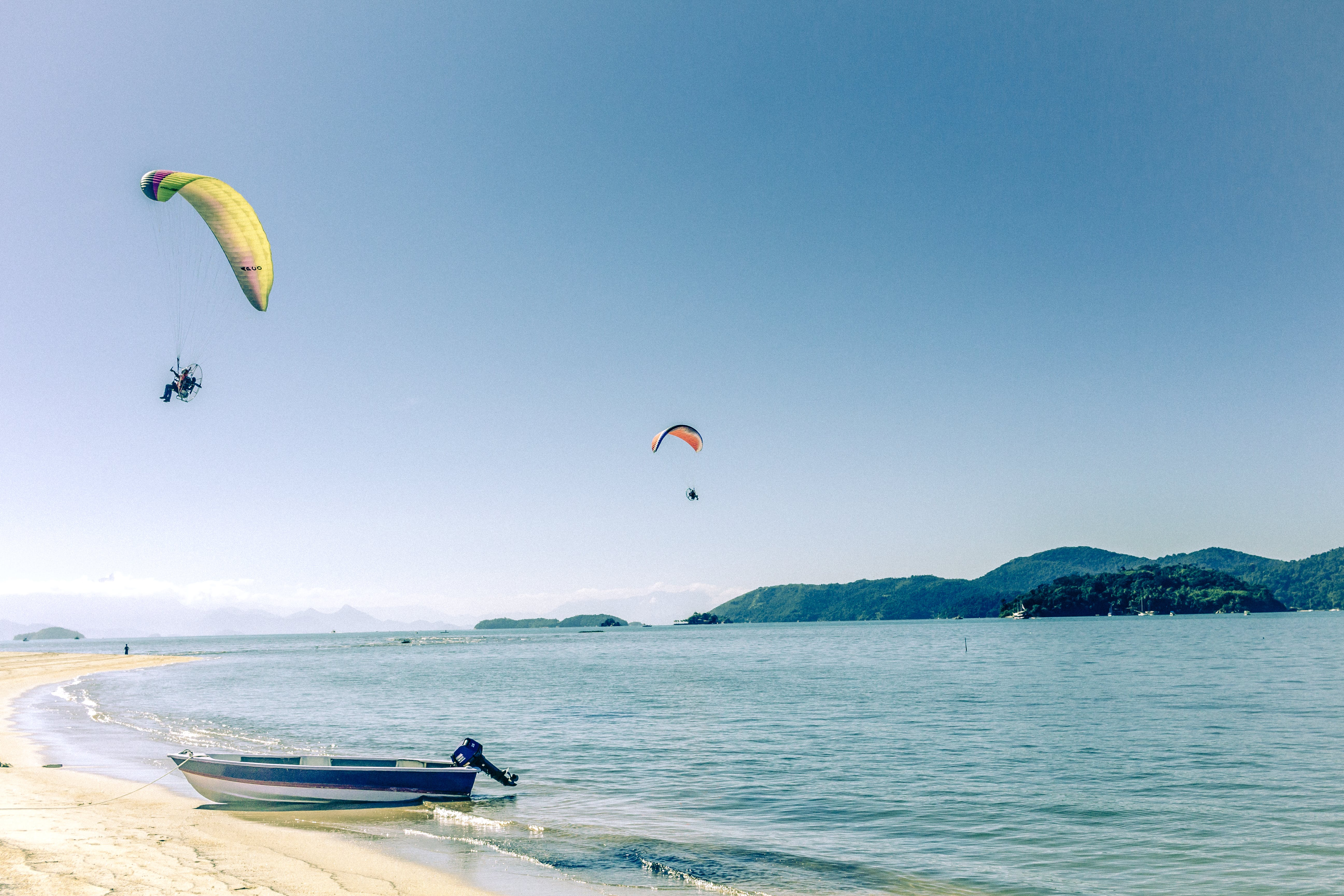 Free stock photo of by the sea, motor boat, parachute, seawater