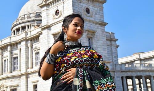 Безкоштовне стокове фото на тему «відвертий, гарні очі, індійська дівчина, індійські традиції»