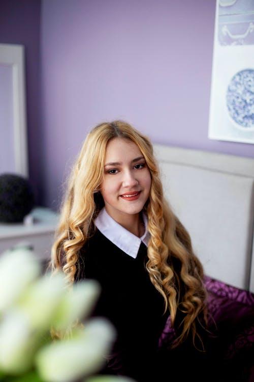 Kostenloses Stock Foto zu #blond, #glück, #lächeln, #mädchen