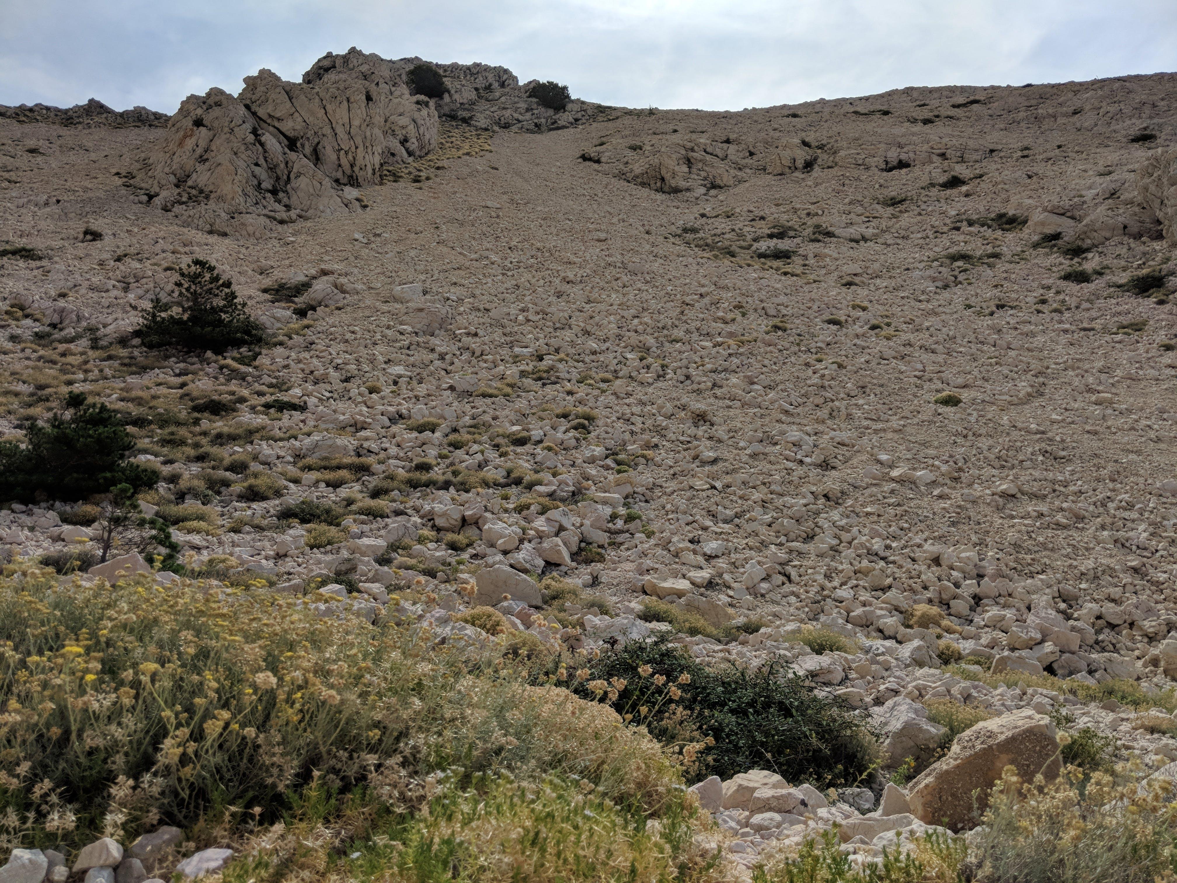 Kostenloses Stock Foto zu berge, bergwandern, felsen, felsig