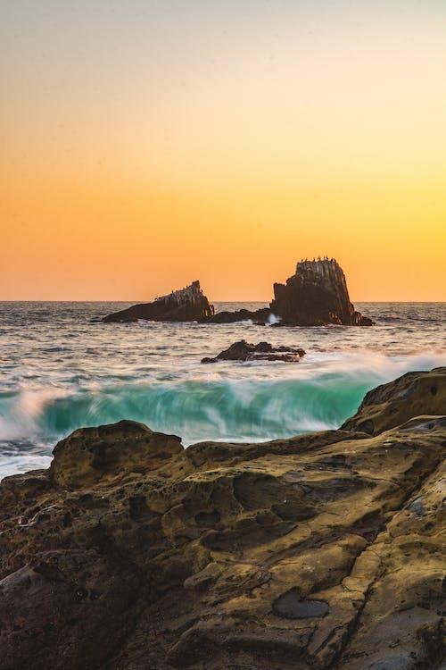вид на океан, Захід сонця, камінь