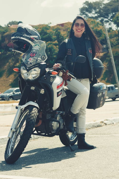 Photos gratuites de aventure, moto, motocicleta, mulheres