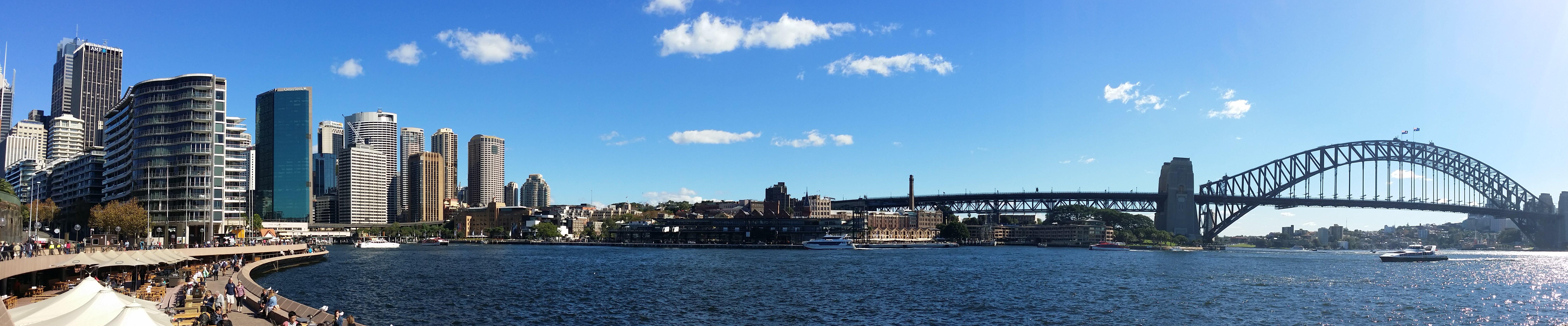 Kostenloses Stock Foto zu blauer himmel, blaues wasser, brücke, hafen