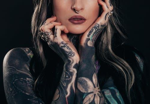 人體藝術, 光鮮亮麗, 刺青, 刺青的 的 免费素材照片
