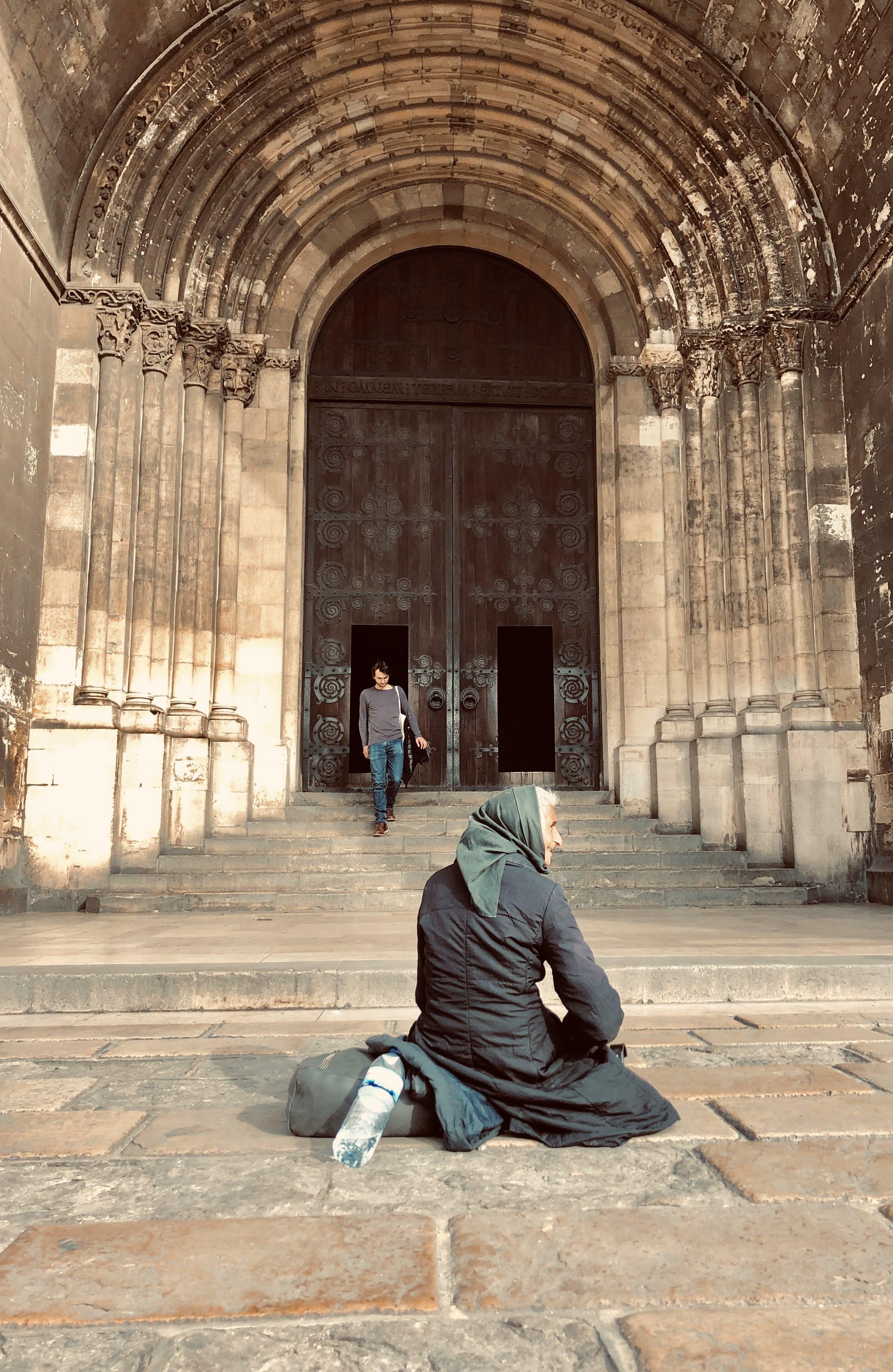 Free stock photo of Lisbon, monument, woman
