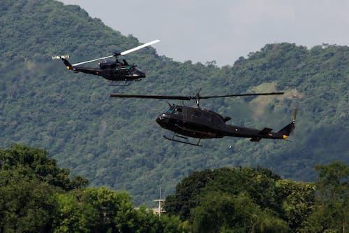 Бесплатное стоковое фото с колокол-212, пилот, транспорт
