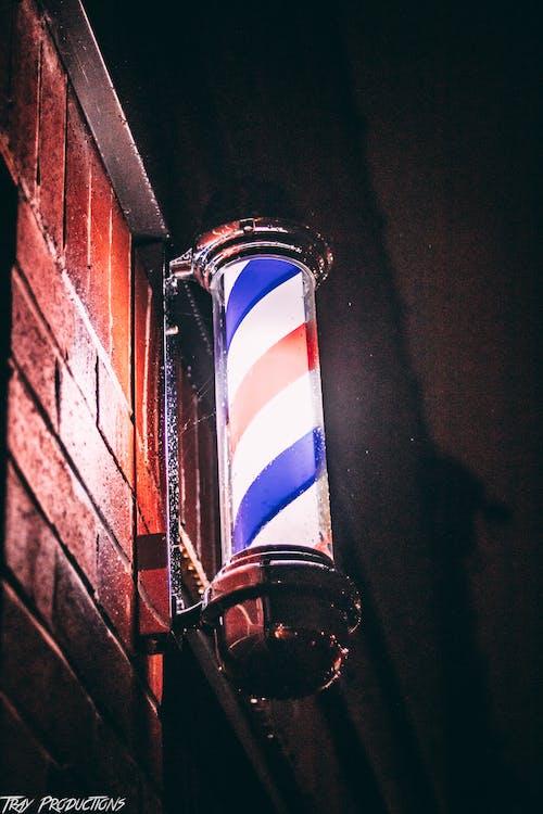 คลังภาพถ่ายฟรี ของ กลางคืน, กำแพงอิฐ, ขาว, ฉาก