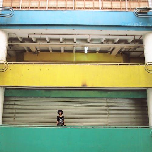 Ilmainen kuvapankkikuva tunnisteilla arkkitehtuuri, henkilö, malli, minimalismi