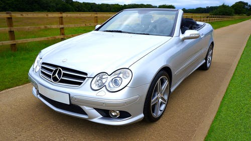 Безкоштовне стокове фото на тему «Mercedes Benz, автомобіль, автомобільний, кабріолет»