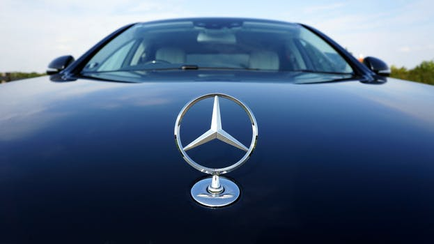 interior car three benz quarter images exterior right carwale mercedesbenz gallery cla cars mercedes photo front
