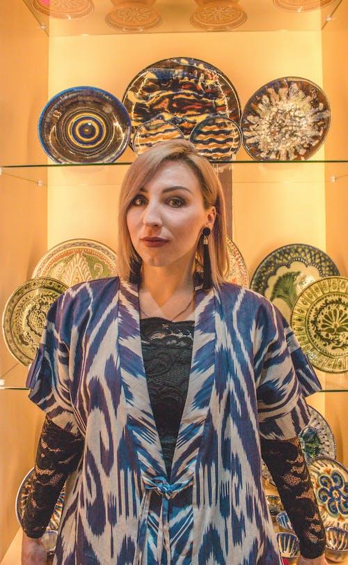 Δωρεάν στοκ φωτογραφιών με γυναίκα, εθνικός, κοστούμι, το ουζμπεκιστάν