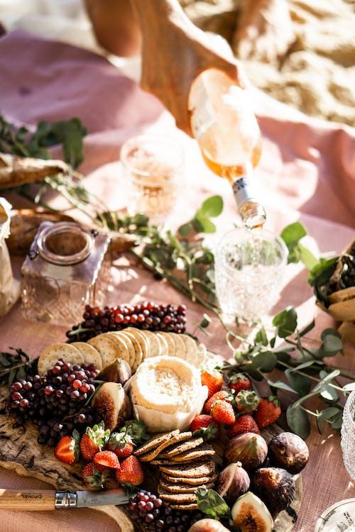 Бесплатное стоковое фото с блюдо, вино, вкусный, закуски