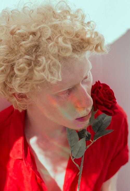 Gratis stockfoto met bloem, blondine, delicaat, fotomodel