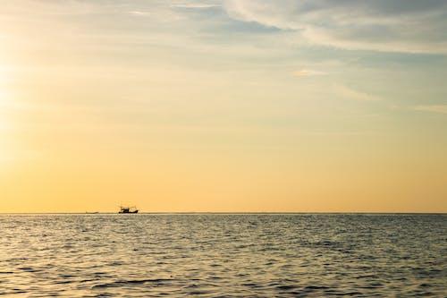 Základová fotografie zdarma na téma člun, mořský, oceán, tropický