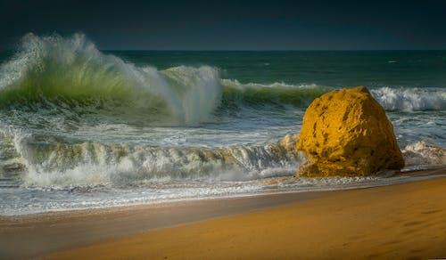 Ingyenes stockfotó hullám, hullámforma, tengeri tájkép témában