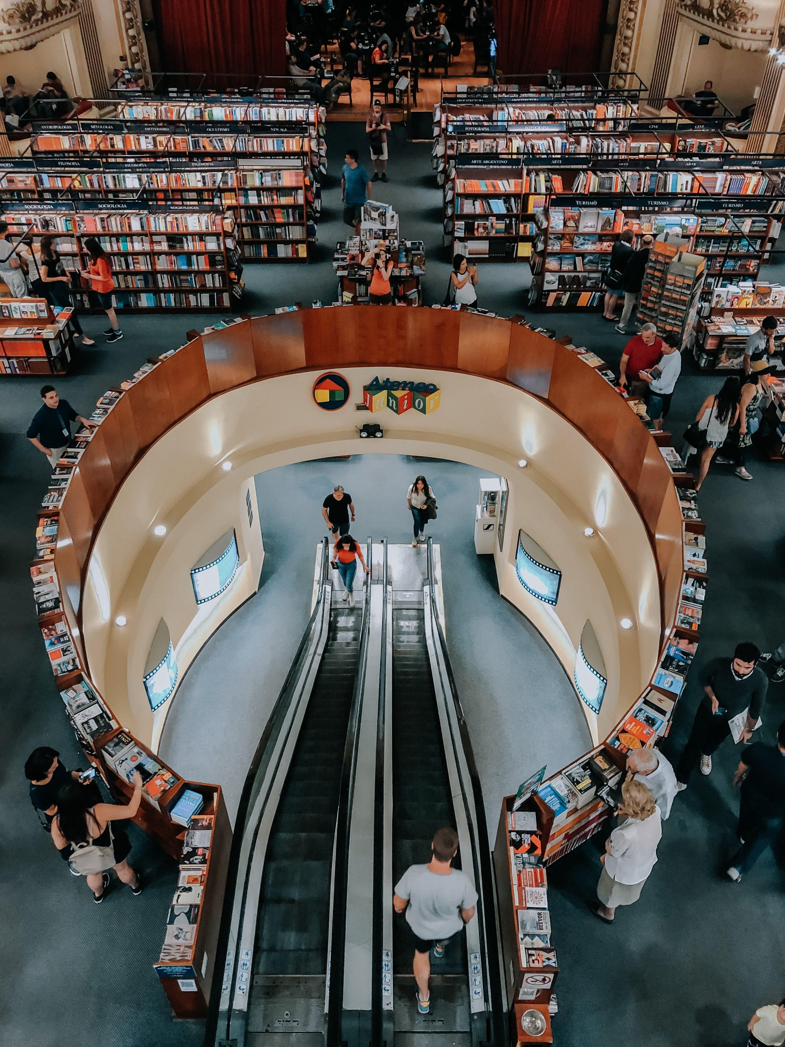 Foto d'estoc gratuïta de botigues, comerç, comprant, desgast