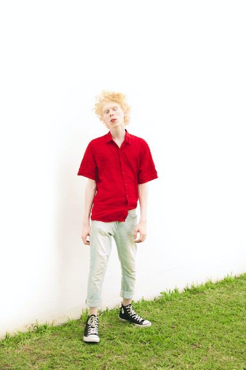 Imagine de stoc gratuită din costum, de sex masculin, iarbă, îmbracă