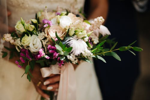 Free stock photo of bouquet, bride, details, getting ready