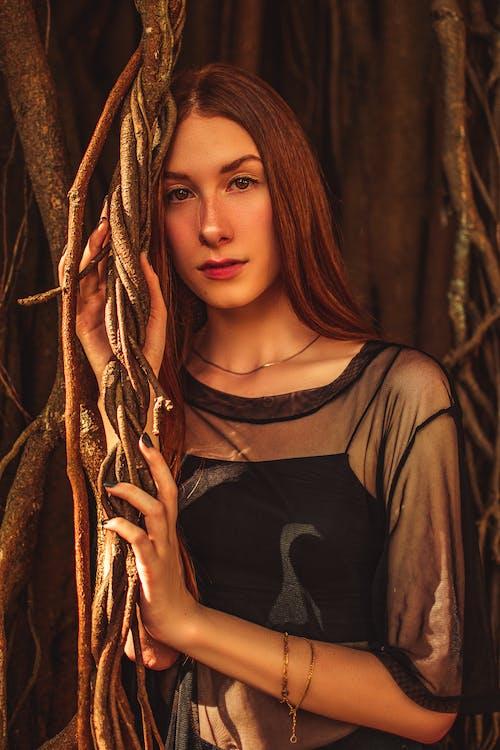 人, 優雅, 光鮮亮麗, 化妝 的 免費圖庫相片