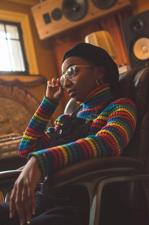 Afrikalı Amerikalı, afrikalı-amerikalı kadın, Fotoğraf, KADIN içeren Ücretsiz stok fotoğraf