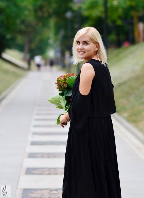 Free stock photo of beautiful, black dress, blonde