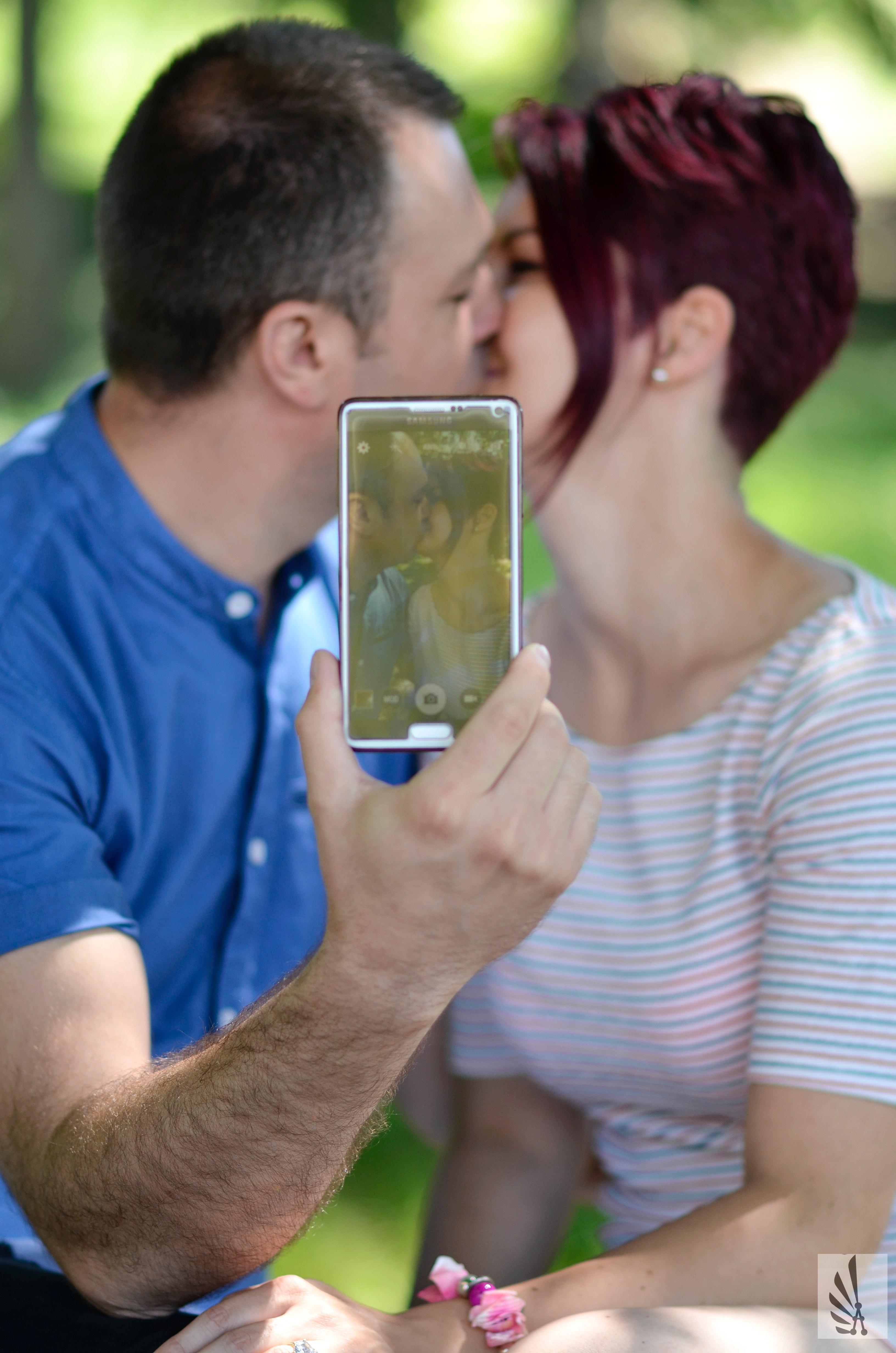 Foto Stok Gratis Tentang Berciuman Cinta Ciuman