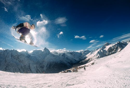 Gratis stockfoto met avontuur, berg, extreem, extreme sport