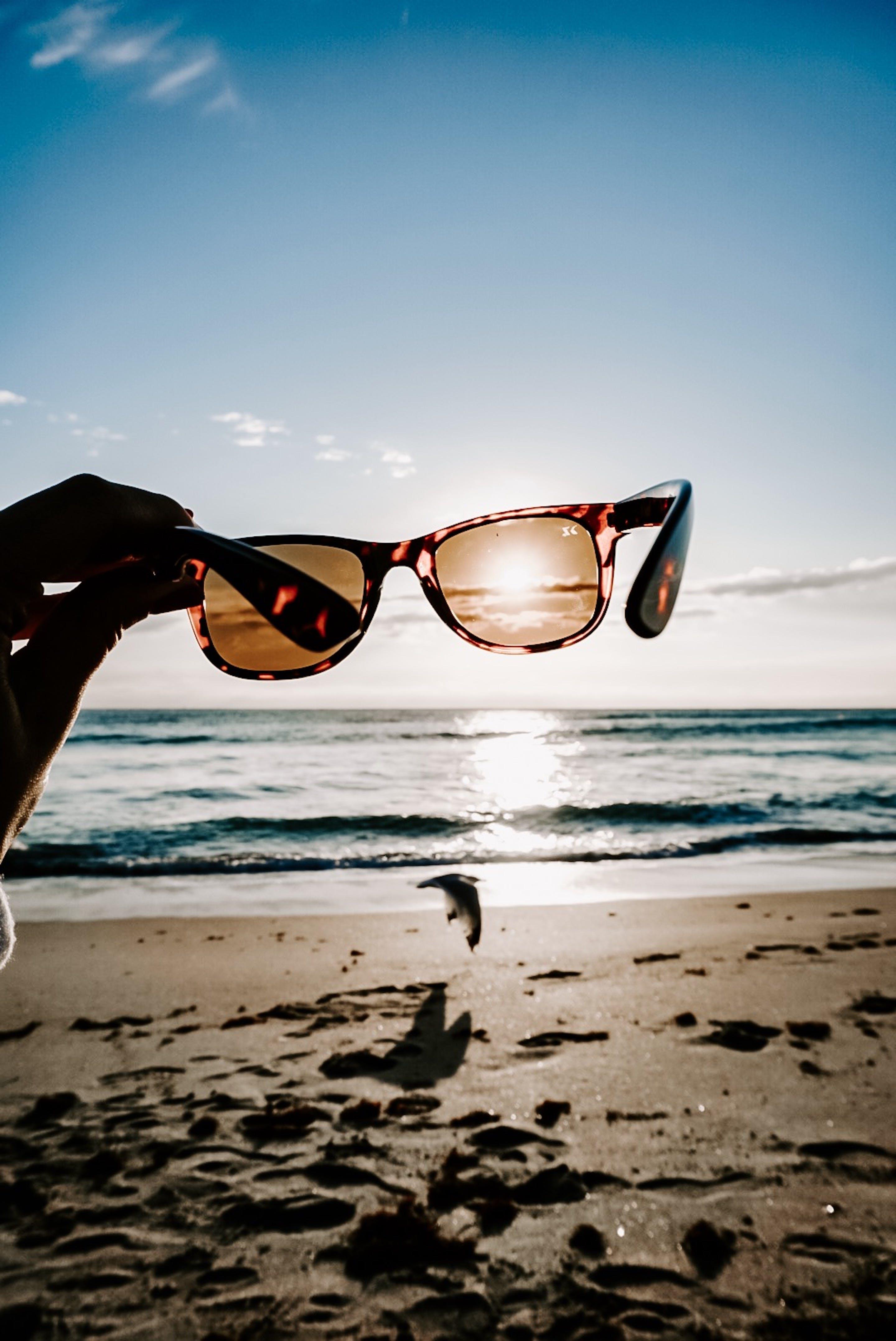 Kostenloses Stock Foto zu ferien, hand, horizont, meer