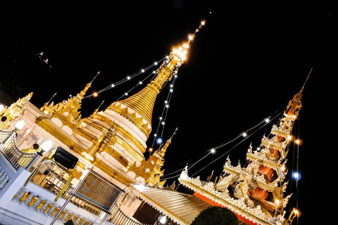 亞洲, 佛教, 光
