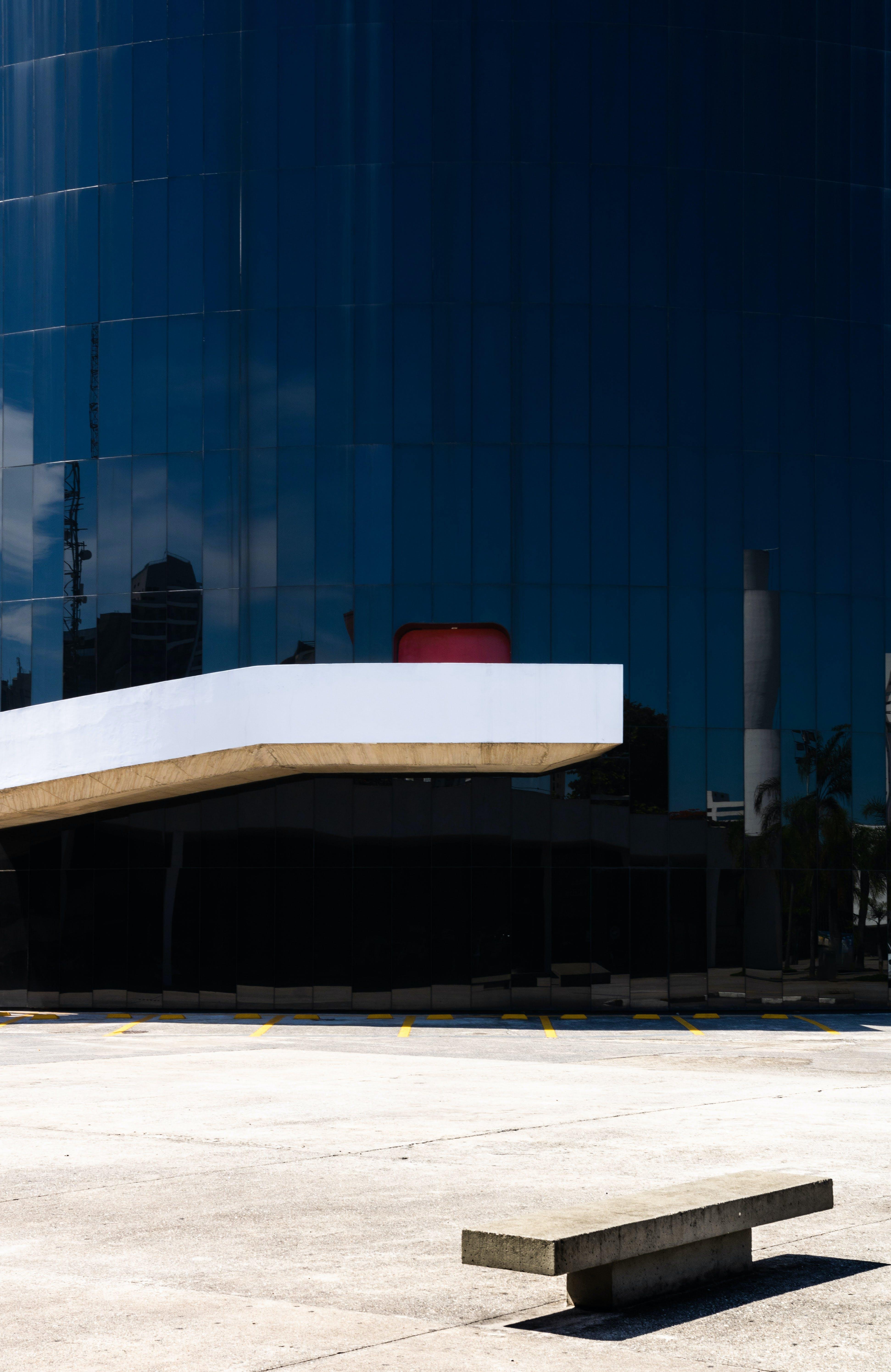 Darmowe zdjęcie z galerii z architektura, beton, budynek, fasada