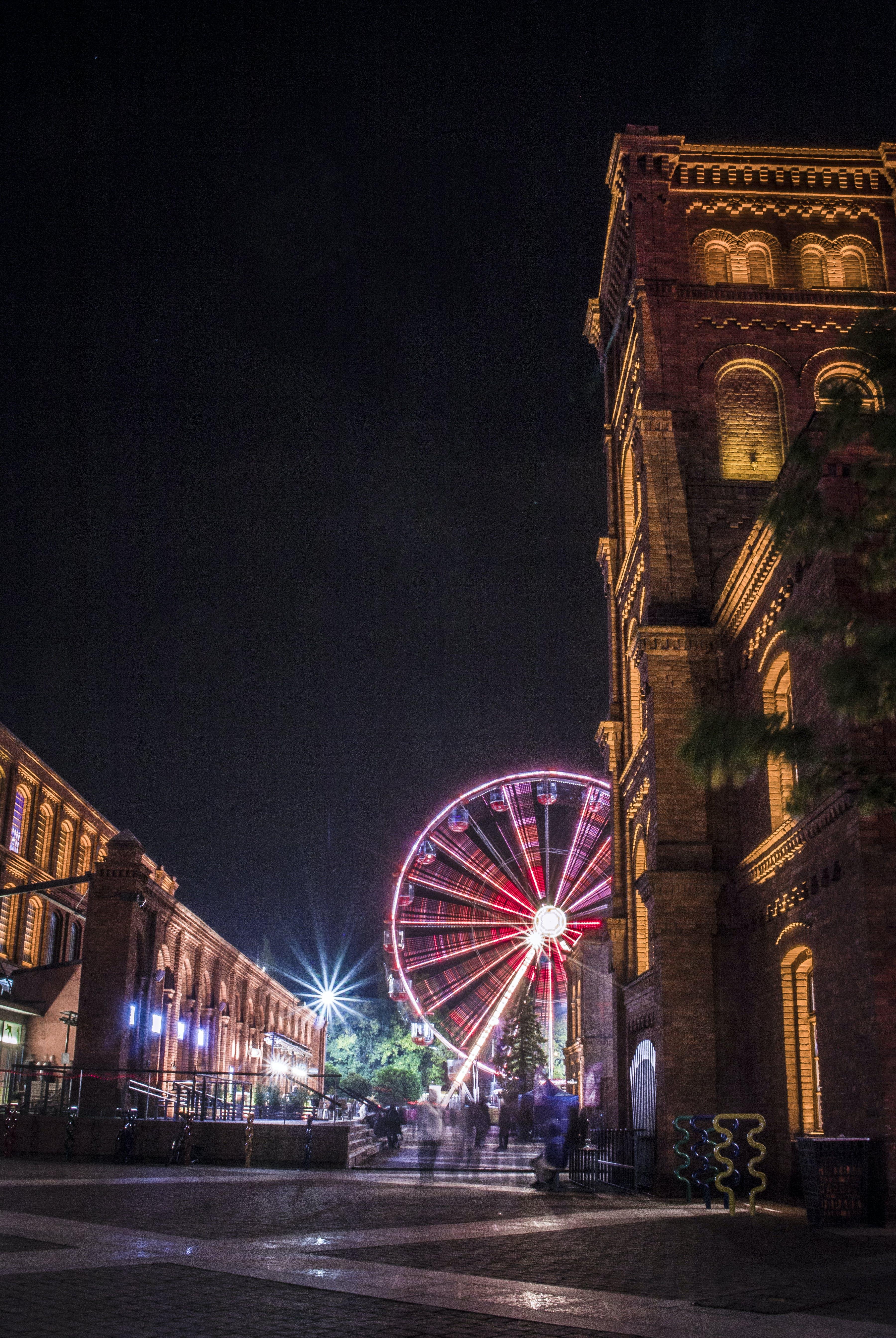 シティ, タウン, ライト, ランドマークの無料の写真素材