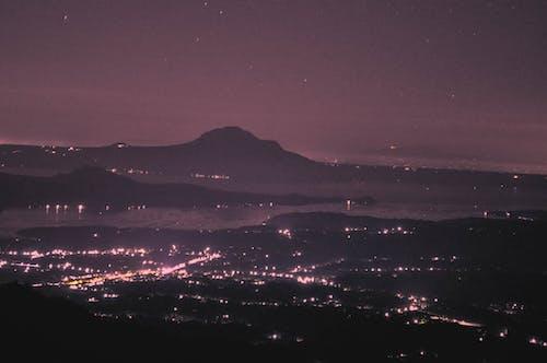 Základová fotografie zdarma na téma noční fotografie, noční město, půlnoc