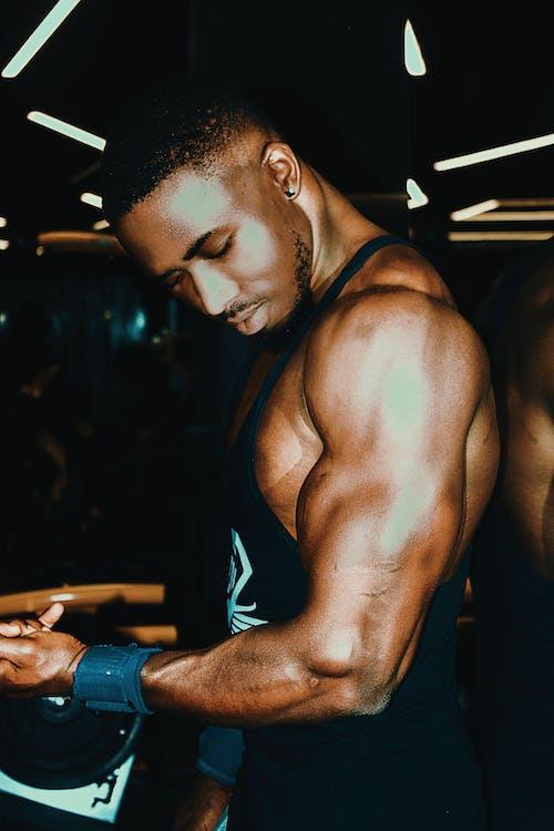 Foto d'estoc gratuïta de bíceps, braç, culturisme