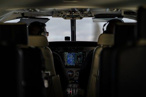 Gratis arkivbilde med cockpit, fly, garmin, navigasjon