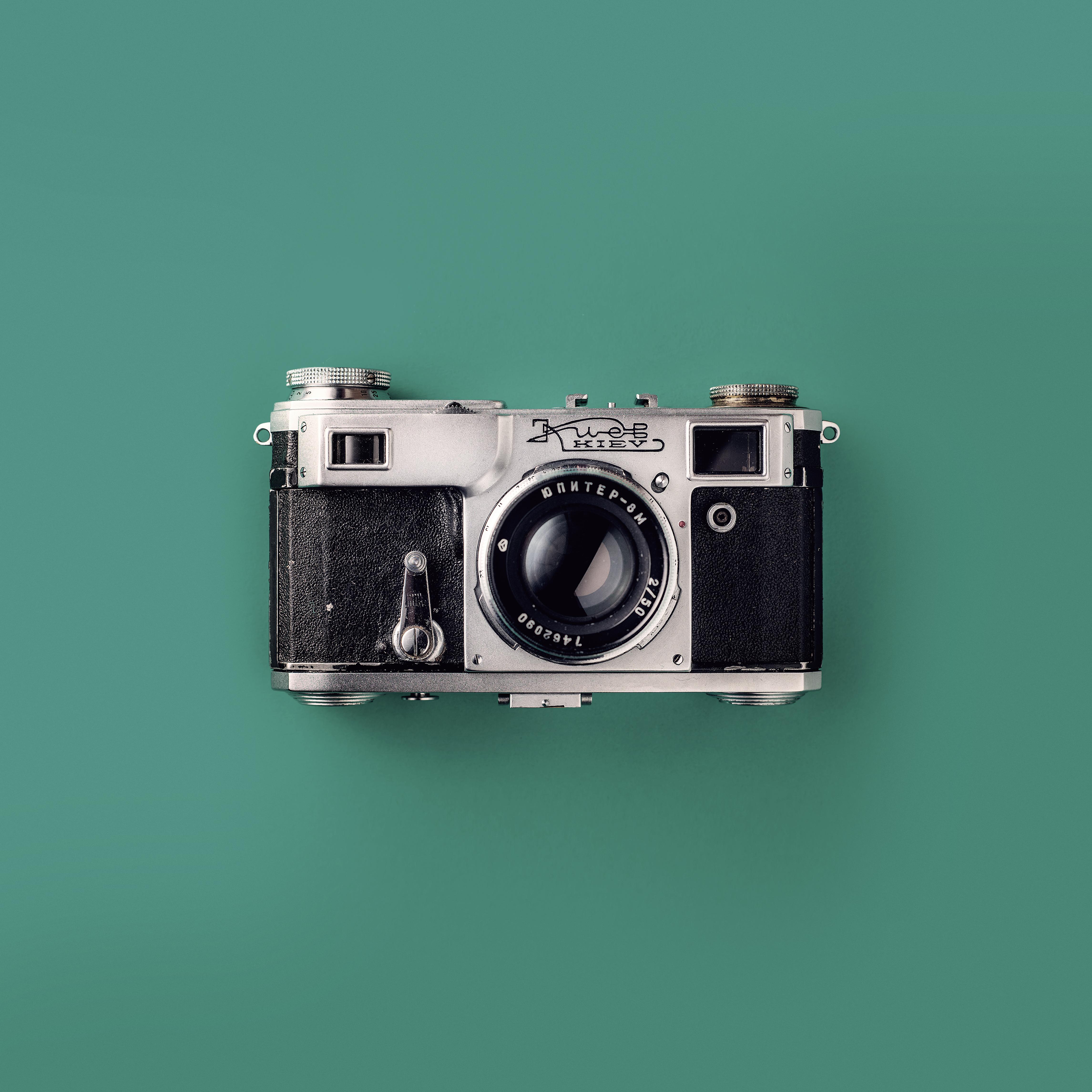 pexels-photo-1983037.jpeg