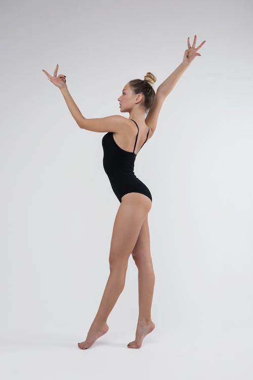 Бесплатное стоковое фото с Активный, гимнаст, гимнастика, девочка