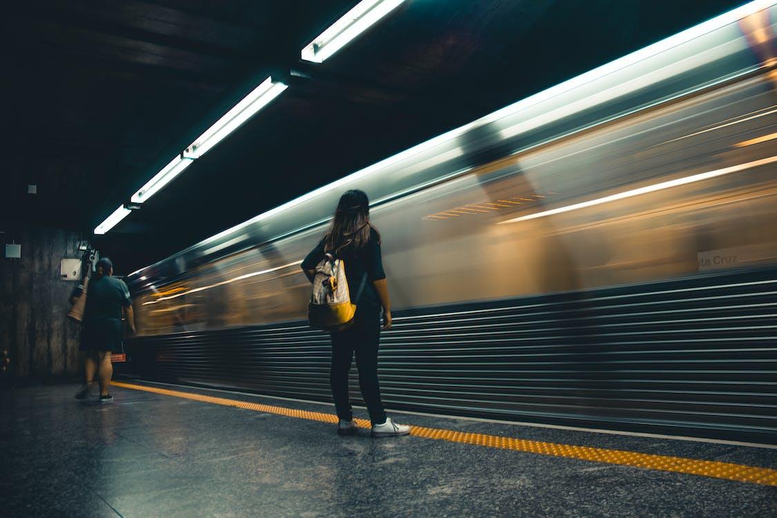 fart, handling, järnväg