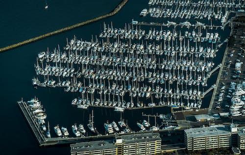 Бесплатное стоковое фото с Аэрофотосъемка, вид сверху, вода, лодка