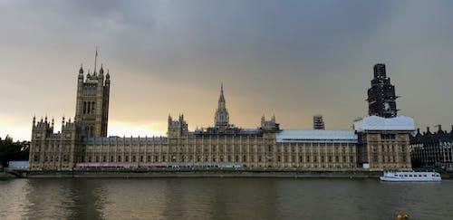 Foto d'estoc gratuïta de Big Ben, ennuvolat, Londres, Palau de Westminster