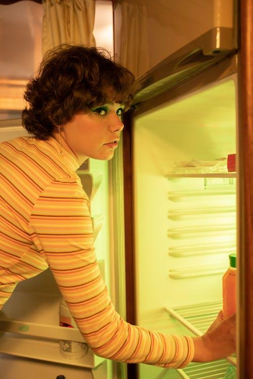 가벼운, 기술, 긴 소매, 냉장고의 무료 스톡 사진