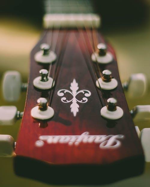 Foto stok gratis gitar, kepala gitar, merapatkan