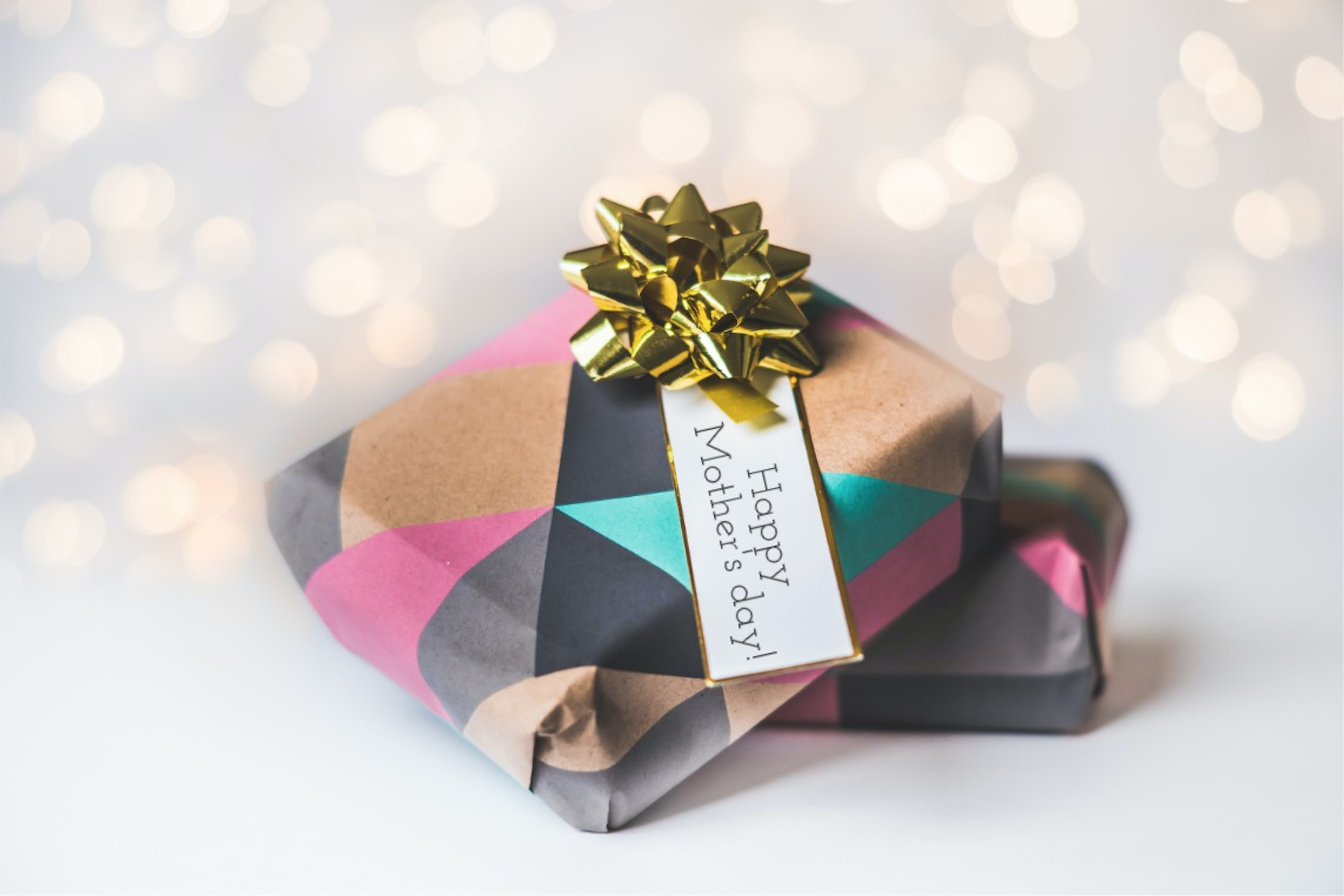Black and Brown Gift
