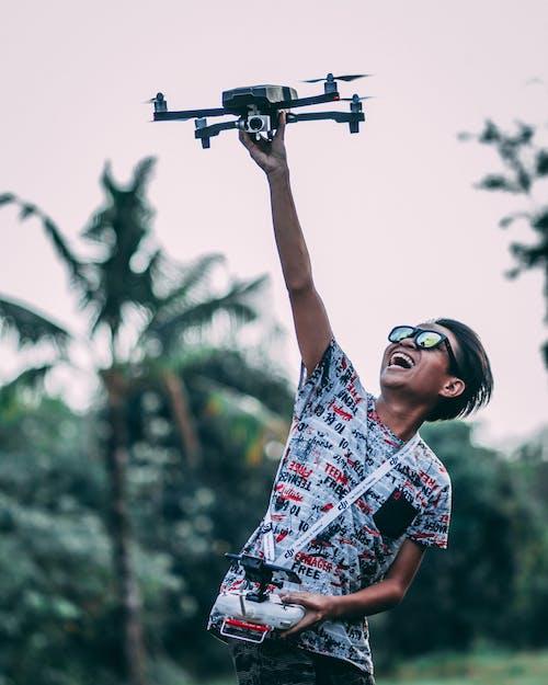 Бесплатное стоковое фото с Активный, веселье, дрон, контроллер