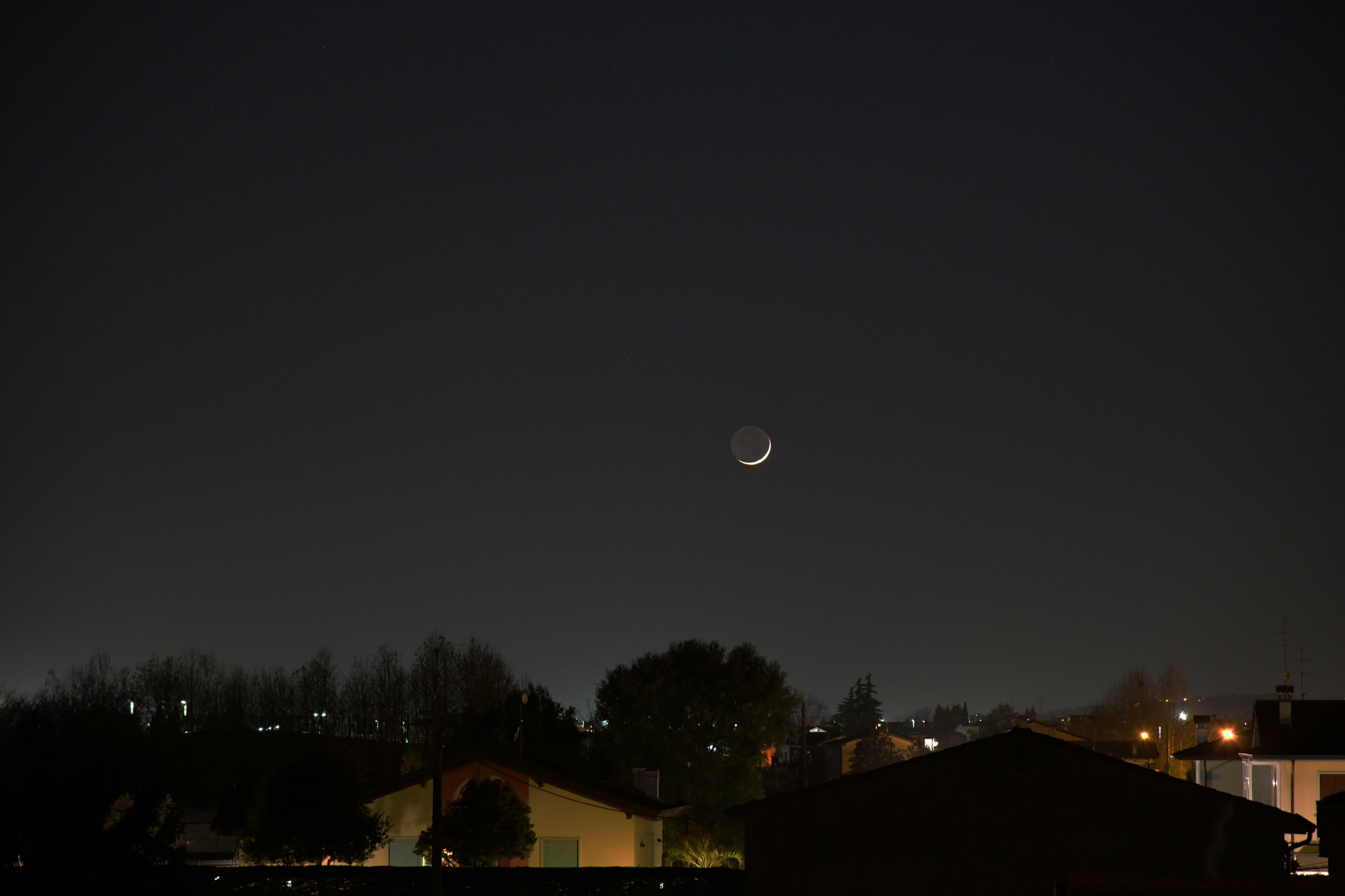 Foto d'estoc gratuïta de cel negre, lluna, lluna creixent, nit